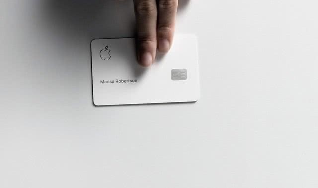 Apple Card实体卡
