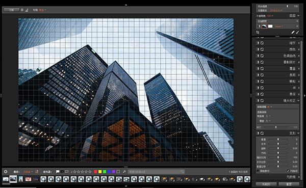 拍摄建筑出现视觉倾斜,如何进行校正?