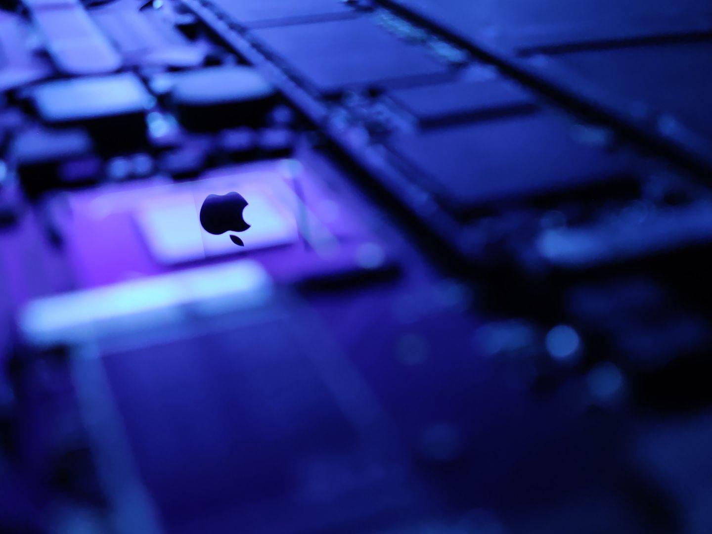 图2:MacBook内部