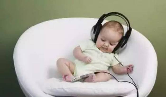 听觉锻炼从小抓起