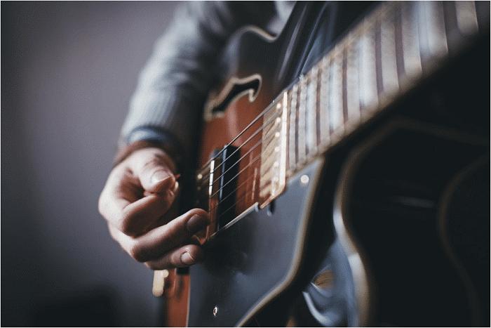 跟着Guitar Pro练习弹奏技巧