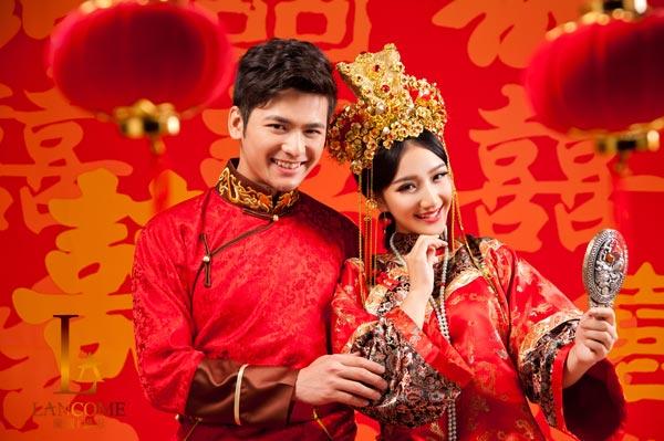 中式婚纱照一
