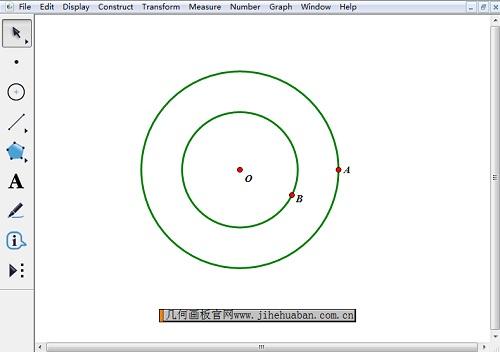 绘制过点A、B的两个圆